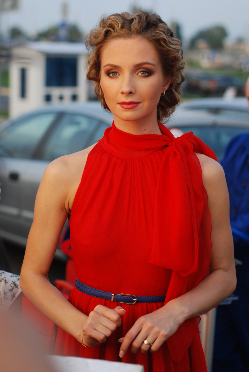 Голая Алена Созинова